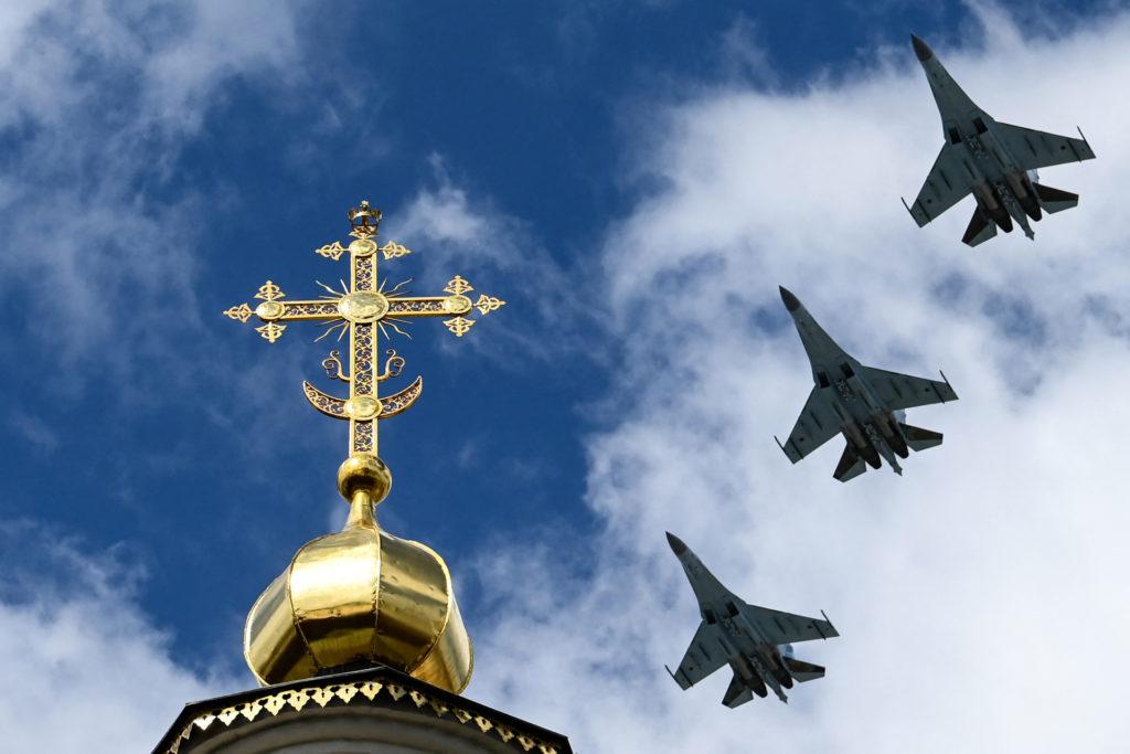 В небе над Москвой: репетиция воздушной части парада Победы